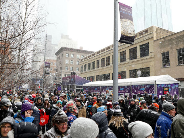 Metro Transit Plan for Super Bowl Riders Put To the Test