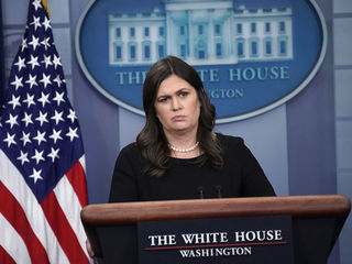 Sarah Sanders kicked out of restaurant